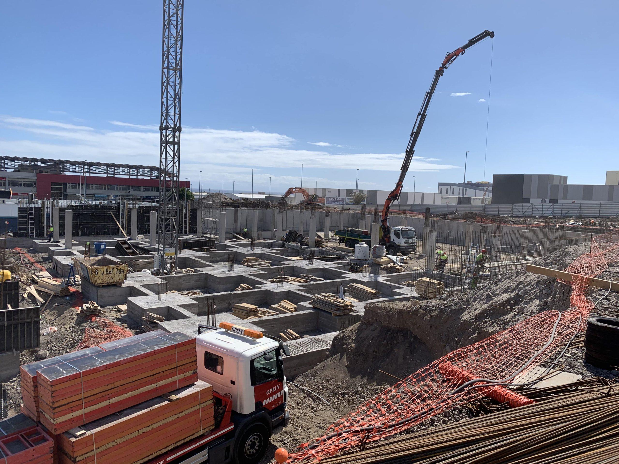 Construcción Hiperdino en Güimar Tenerife