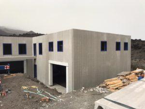 19f2a602 394f 4c08 9cf5 91e018e861a2 300x225 - Almacén de sal de Fuencaliente en La Palma